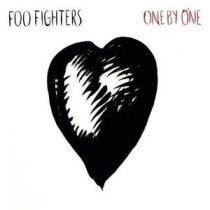 FOO FIGHTERS - One By One / vinyl bakelit / LP